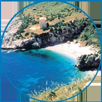 La costa dello Zingaro è uno dei pochissimi tratti di costa della Sicilia non contaminata dalla presenza di una strada...